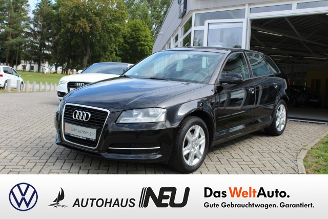 Audi A3 Sportback 1.2 TFSI Attraction Klima, Jahr 2012, petrol