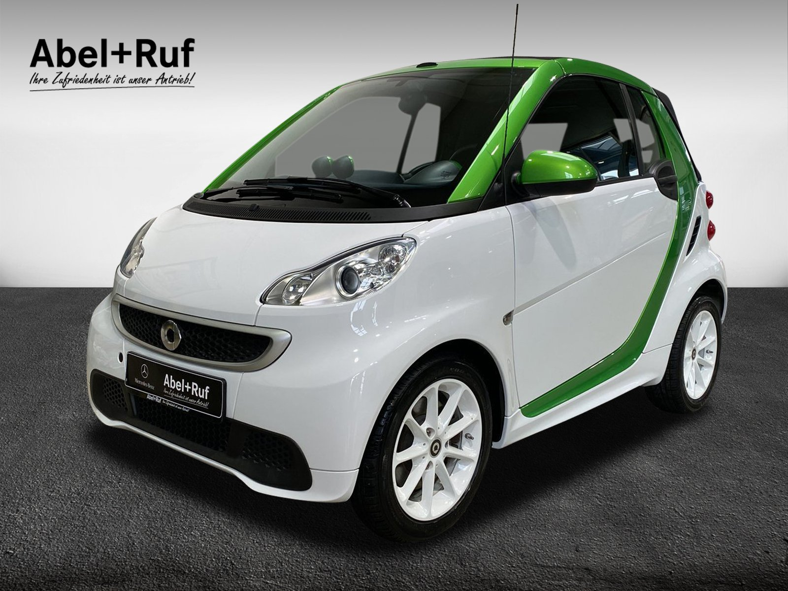smart fortwo Elektro drive cabrio+Servol.+Klimaanlage, Jahr 2015, Elektro