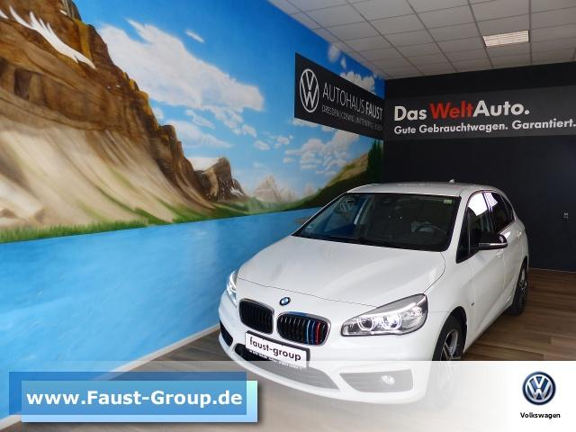 BMW 218i Active Tourer UPE 35000 EUR Navi LED Klima, Jahr 2016, Benzin