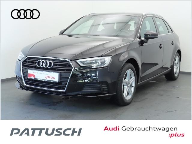 Audi A3 Sportback 1.5 TFSI Navi AHZV Einparkhilfe plu, Jahr 2018, Benzin