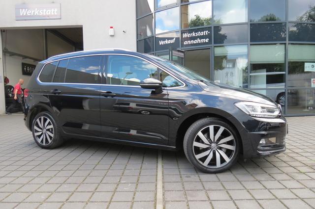 Volkswagen Touran 1.8 TSI R Line 7Sitzer/Pano/Ahk/Kam/Led, Jahr 2018, Benzin