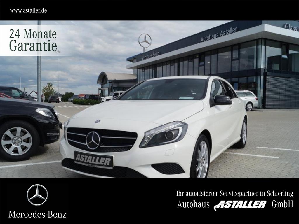 Mercedes-Benz A 180 Style+Exclusivep+Night+Kam+17''+Bi Xen+Nav, Jahr 2013, Benzin