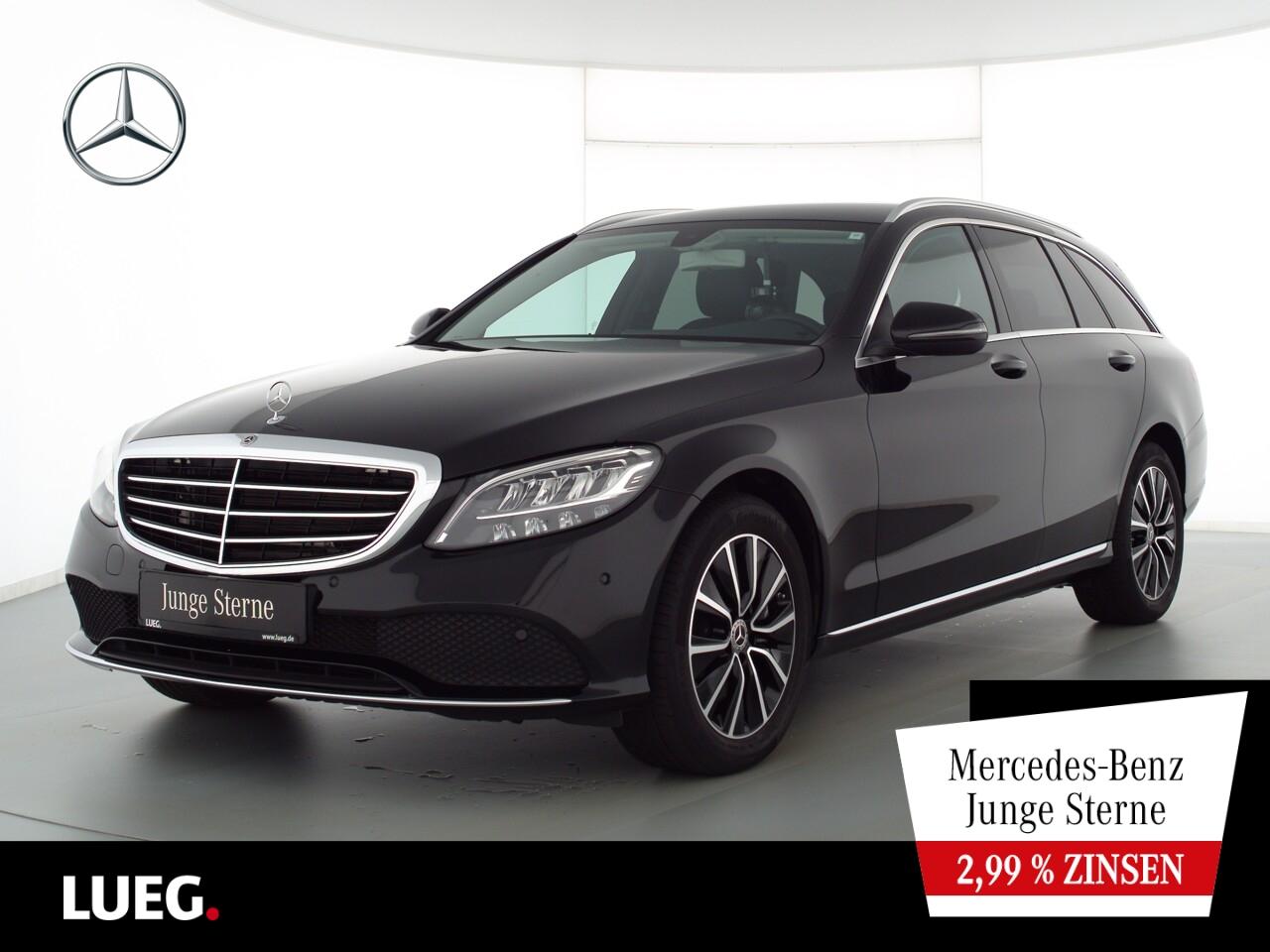 Mercedes-Benz C 300 T Exclusive+Navi+LED-HP+EHeck+CarPl+Kamera, Jahr 2020, Benzin