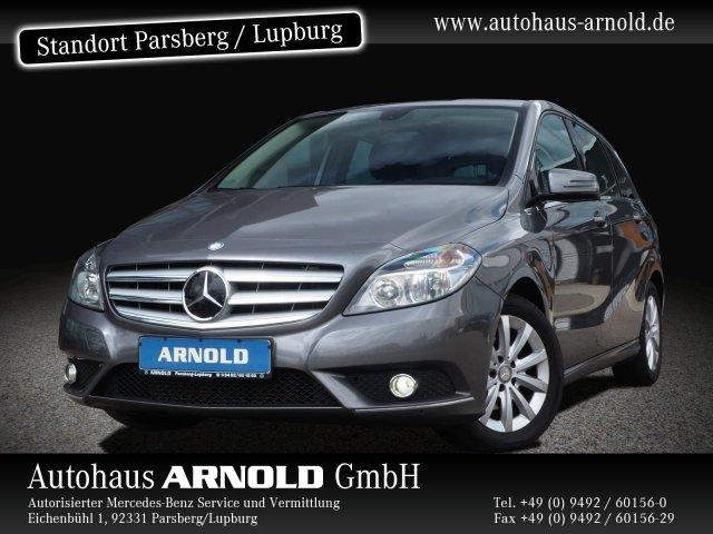Mercedes-Benz B 180 BE Chrom-Paket Sitzheizung Vorr. Navi AHK, Jahr 2012, Benzin