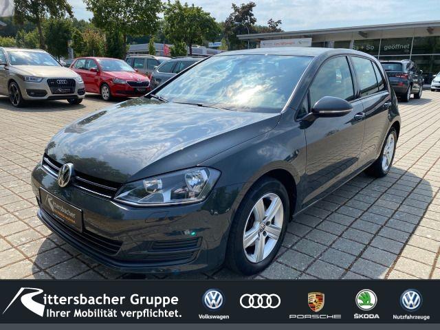 Volkswagen Golf VII Lim. Comfortline 1.2 TSI BMT AHK Climatronic 2-Zonen Einparkhilfe vorne und hinten, Jahr 2013, Benzin