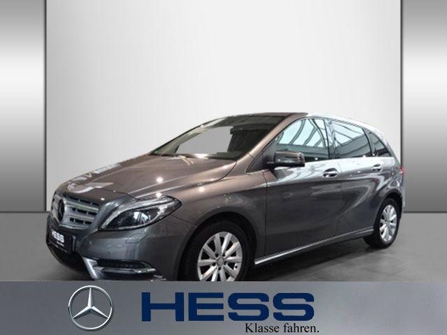 Mercedes-Benz B 200 Distronic+Spur-P.+Kamera+Navi+PDC, Jahr 2014, Benzin
