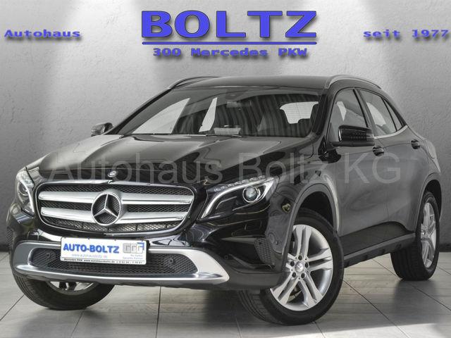 Mercedes-Benz GLA 180 Urban Navi BiX ParkAs. Sitzh. Sitzkomf., Jahr 2016, Benzin