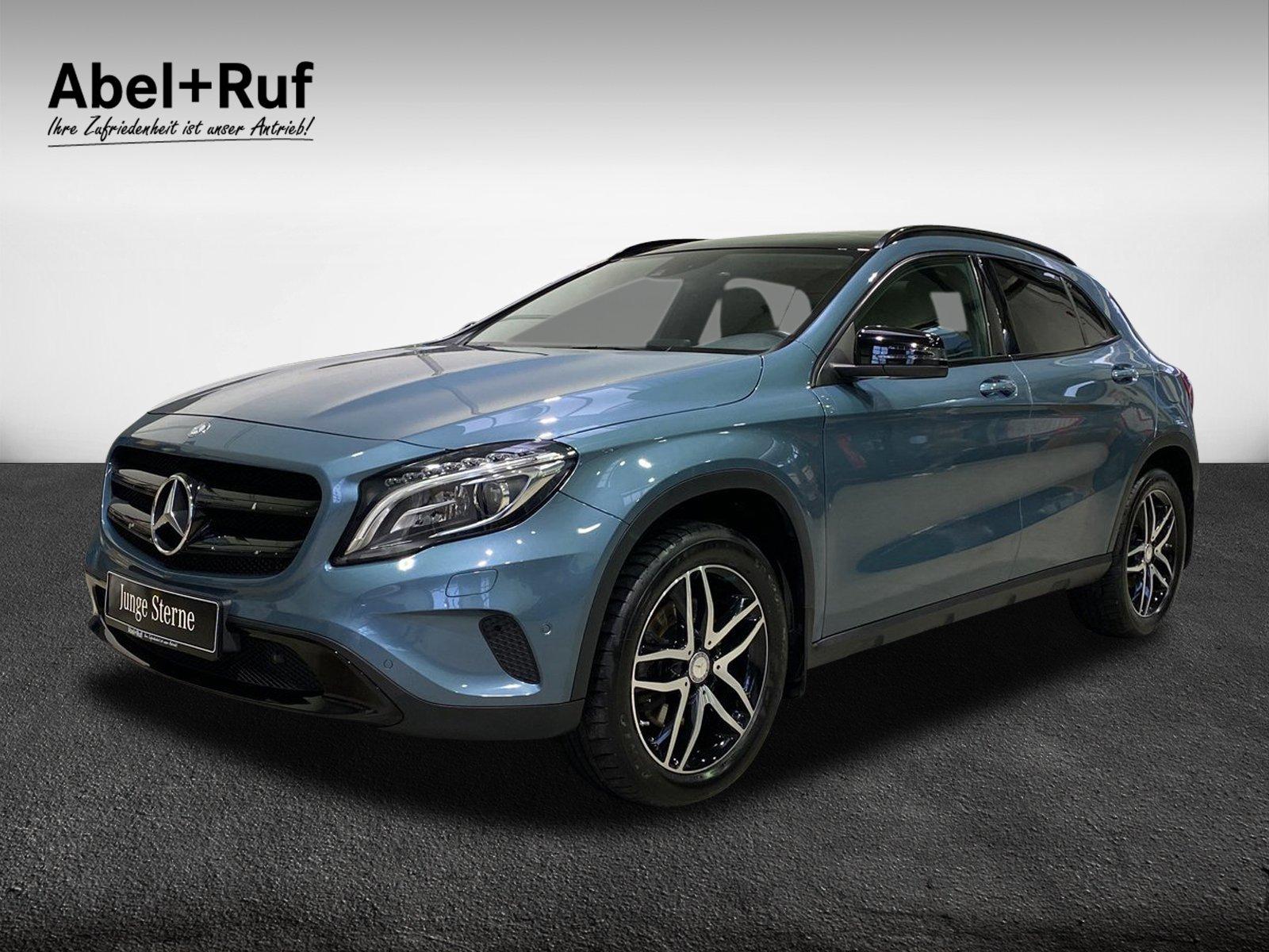 Mercedes-Benz GLA 250 Urban 4M+Kamera+AHK+Pano+Navi+ILS+SpurPK, Jahr 2015, Benzin