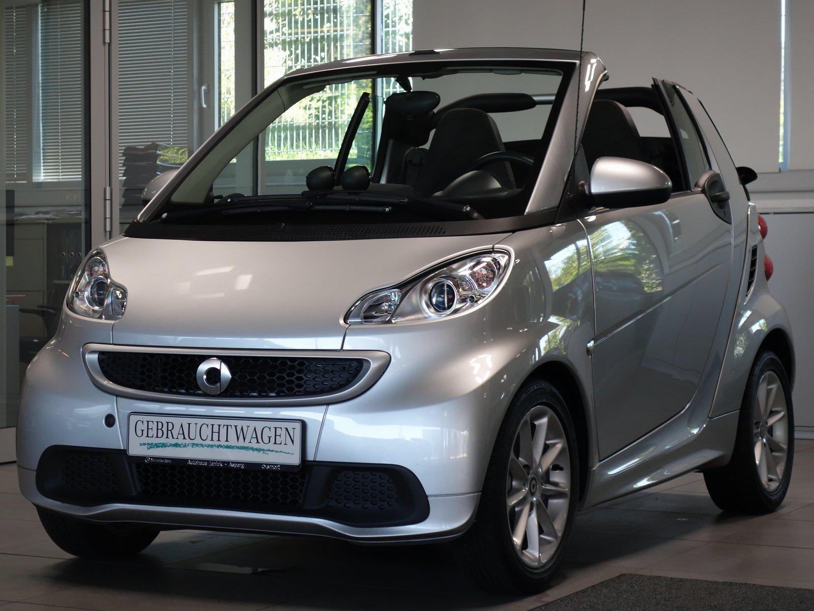 smart fortwo cabrio mhd Passion|Navi|Servo|Klima|SHZ, Jahr 2013, Benzin
