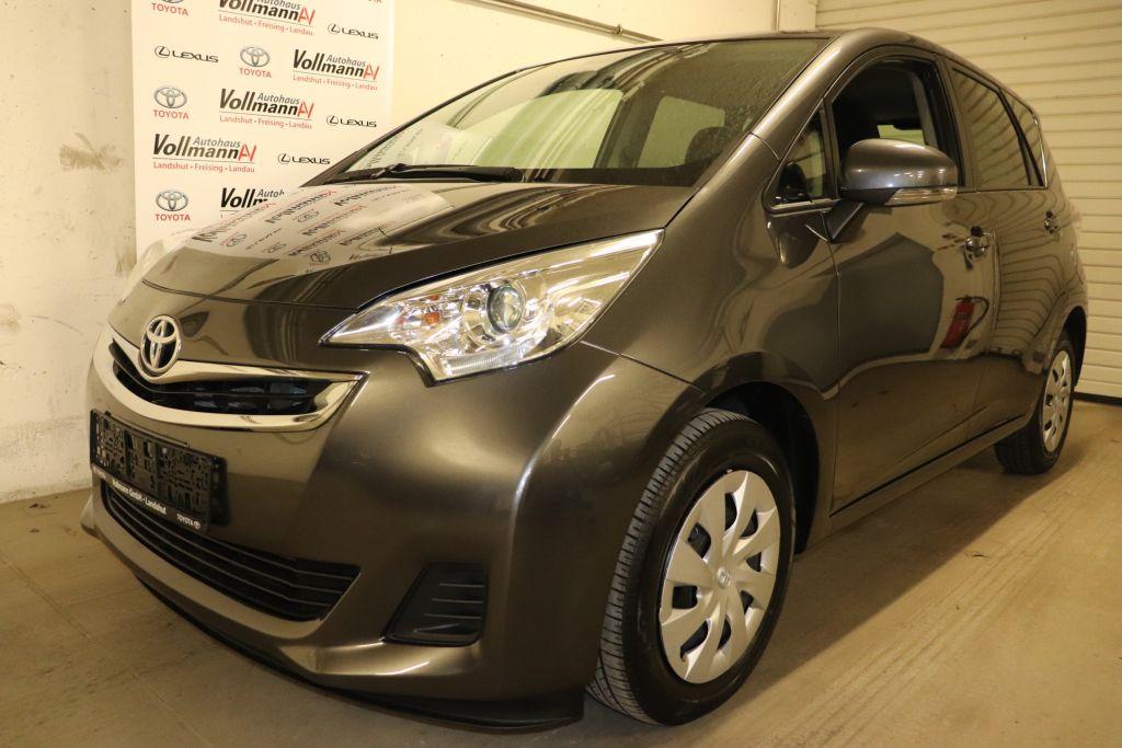 Toyota Verso S 1.33 VVT-i Comfort, Jahr 2015, Benzin