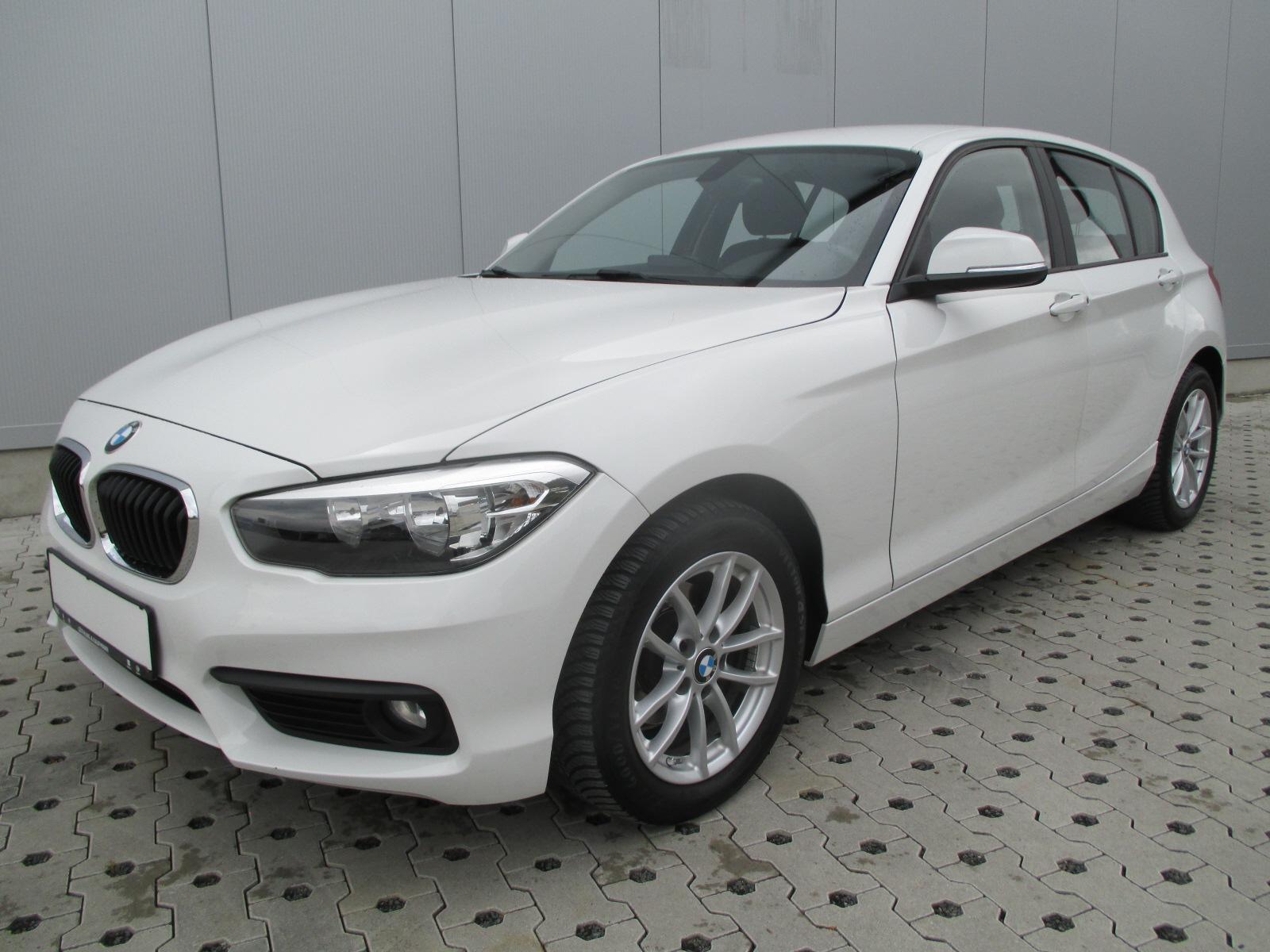 BMW 116 i*LED*AHK*Assist*Kamera*Ambiente*Navi*PDC*Co, Jahr 2016, Benzin