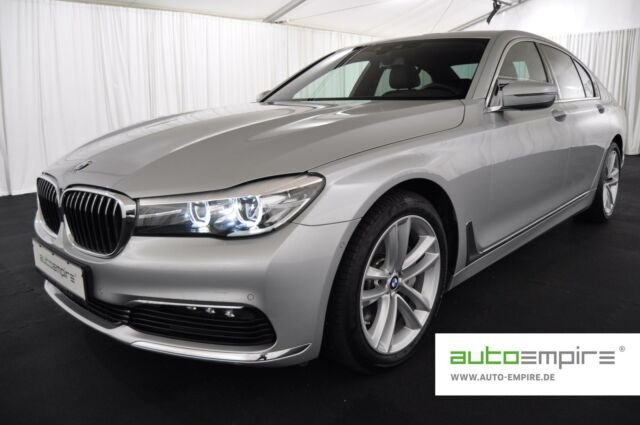 BMW 730d NAV/LED/D-ASSIST/ALARM/M-DISPLAY/SHZ v+h/19, Jahr 2018, Diesel