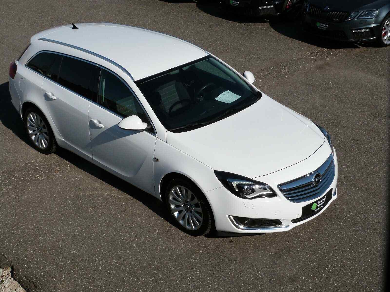 Opel Insignia Sports Tourer 2.0 CDTI NAVI XENON KAM, Jahr 2014, Diesel