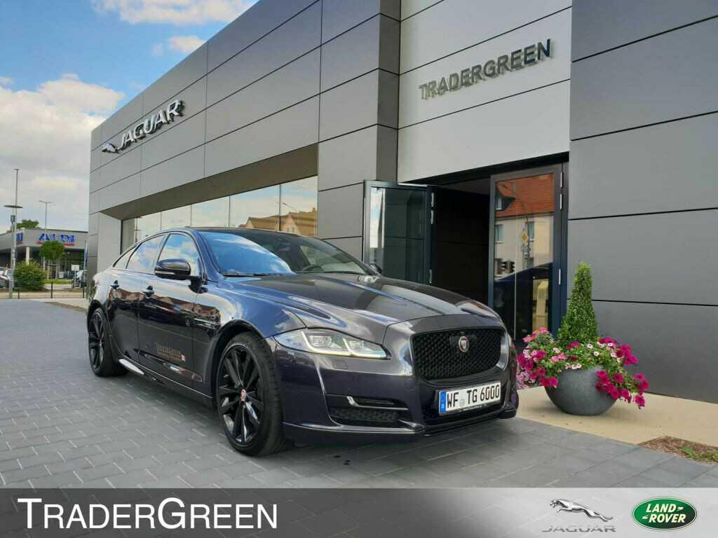 Jaguar XJ 3.0 L AWD R-Sport, Jahr 2017, Benzin