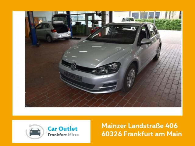 Volkswagen Golf VII 1.6 TDI Trendline Navi Klima Einparkhilfe Sitzheizung Golf 1,6 TLBM 81 fTDIM5F, Jahr 2017, Diesel