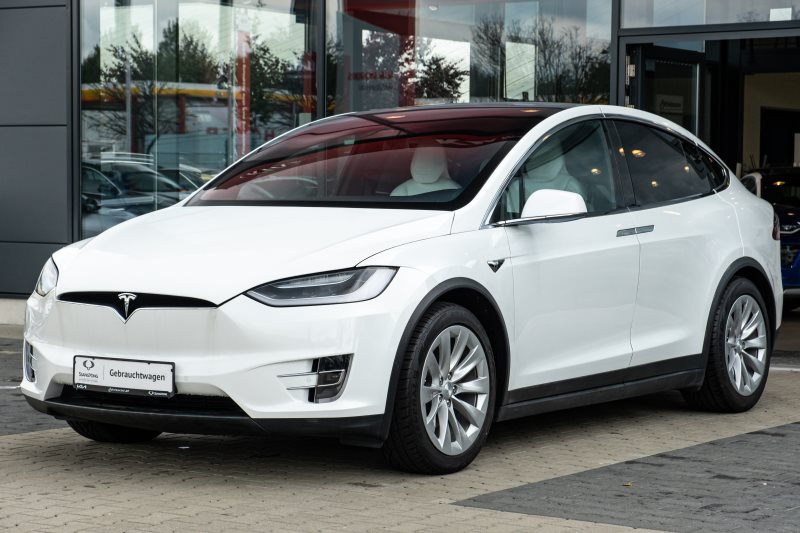 Tesla Model X 90D+Autopilot+Werksgarantie+36Monate+HU+, Jahr 2017, Elektro