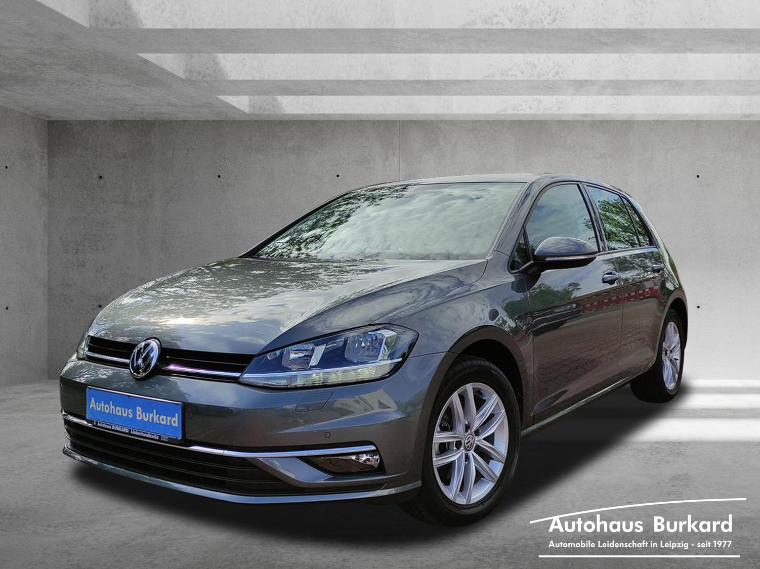 Volkswagen Golf Comfortline 1.4 TSI DSG AHZV Navi DAB+, Jahr 2017, Benzin