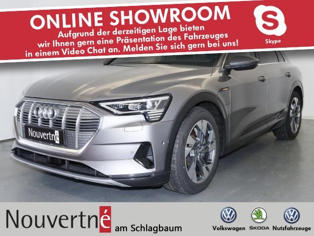 Audi e-tron 55 quattro advanced + AHK +, Jahr 2019, Elektro