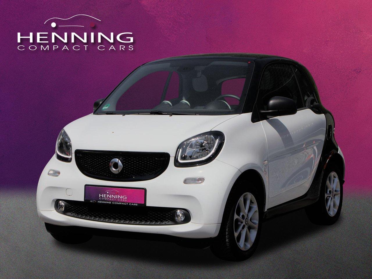 smart fortwo coupe passion (52kW) Pano Sitzhzg. LED, Jahr 2019, Benzin