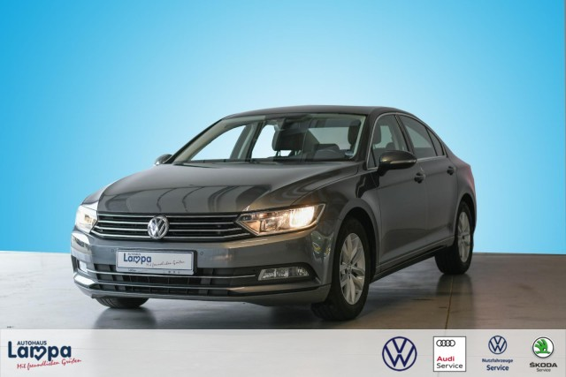 Volkswagen Passat Comf. 1.4 TSI Navi, Massagesitz, Tel., ACC, Jahr 2015, Benzin