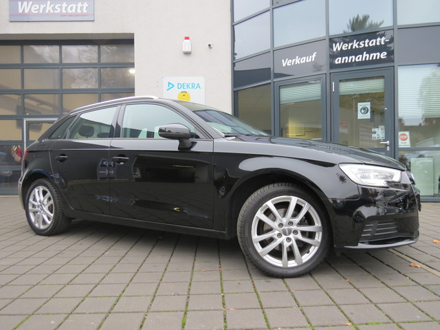 Audi A3 Sportback 1.0 TFSI S tronic Xenon/Navi, Jahr 2017, Benzin