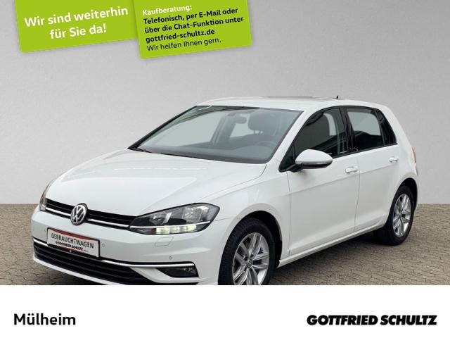 Volkswagen Golf 1.4 TSI Comfortline DSG NAVI ACC SIH PDC, Jahr 2017, Benzin