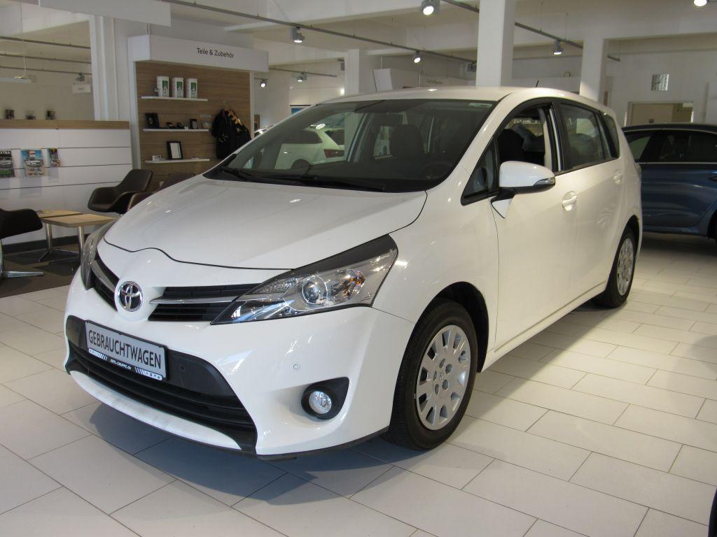Toyota Verso 1.6 5-Sitzer, Jahr 2014, Benzin