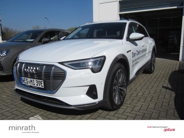Audi e-tron 55 quattro advanced Leder LED Navi AD Massagesitze Klimasitze, Jahr 2019, electric