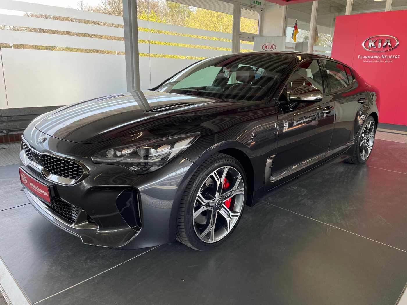 Kia Stinger 3.3T AWD GT GD Leder Rot, Jahr 2018, Benzin