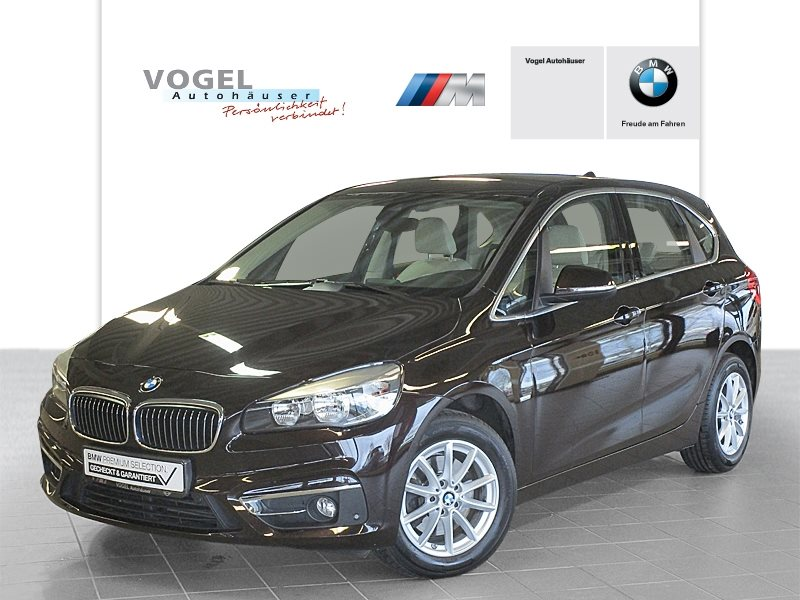BMW 218i Active Tourer Modell Luxury Line Euro 6 Navi PDC Parkassistent Klima Sitzheizung Lichtpaket Tempomat Anhängerkupplung, Jahr 2015, Benzin