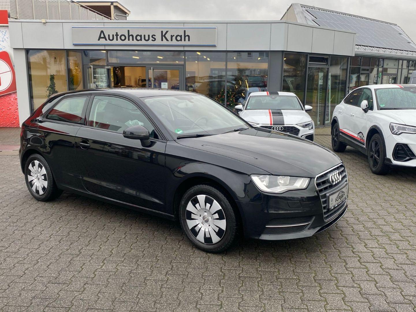 Audi A3 Attraction 1.6 TDI clean Diesel, Lim, Jahr 2015, Diesel