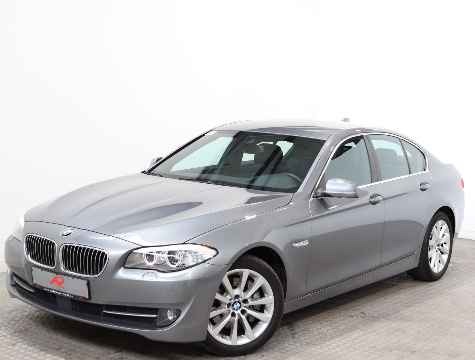 BMW 530 d xDrive HEADUP,PROFESSIONAL,SPORTSITZE,ACC, Jahr 2013, Diesel