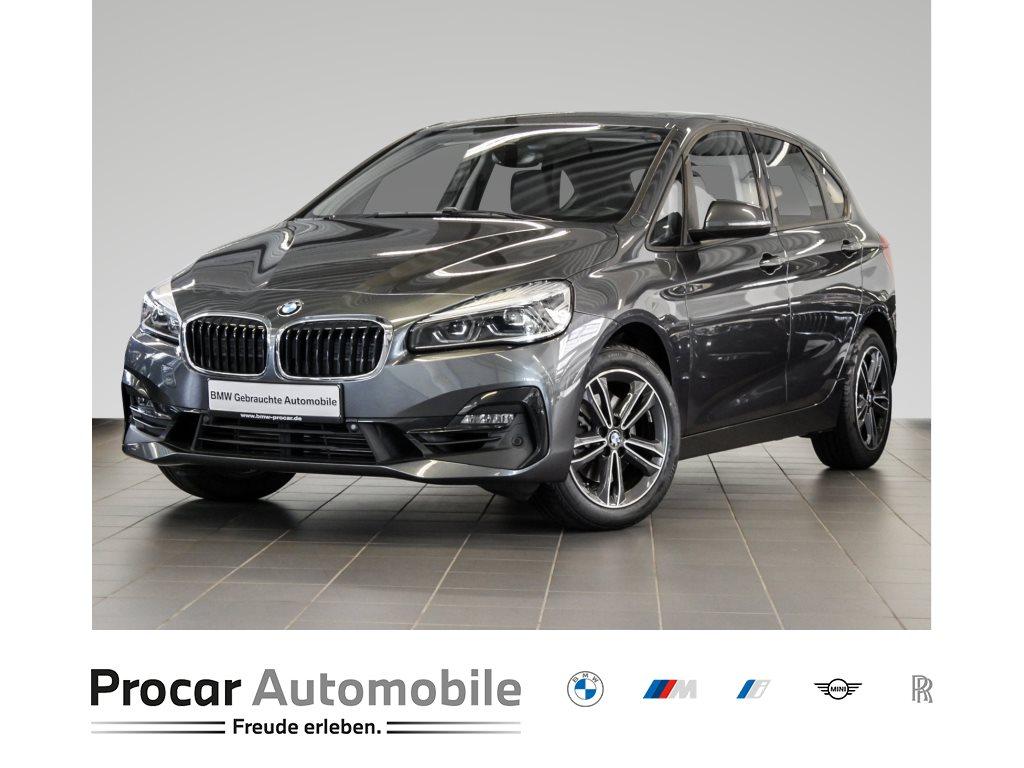 BMW 220i Active Tourer Sport Line Pano LED Shzg PDC, Jahr 2018, Benzin
