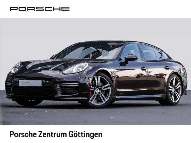 Porsche Panamera GTS 360 Kamera LED Verkehrszeichenerk. SportabGasanlage Luftfederung, Jahr 2015, Benzin
