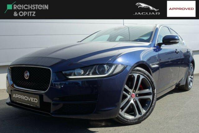 Jaguar XE 20d Aut. Prestige +Navi +BiXenon +Schiebedach, Jahr 2017, Diesel