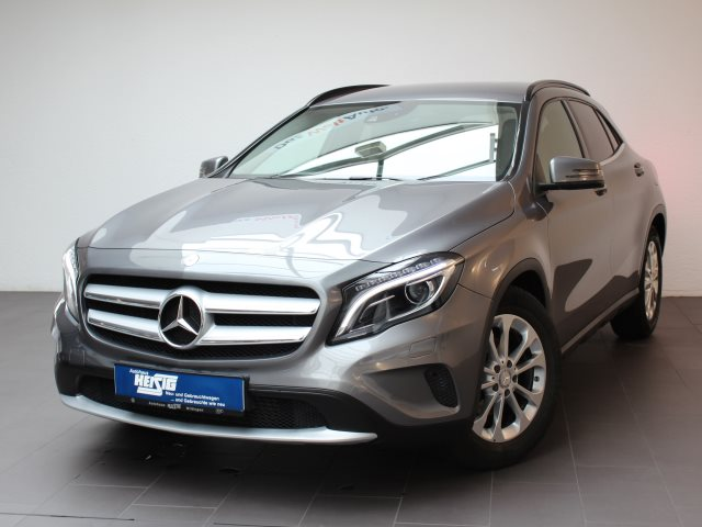 Mercedes-Benz GLA 220 CDI Style 4Matic DPF/Leder/Navi/Xenon, Jahr 2014, Diesel