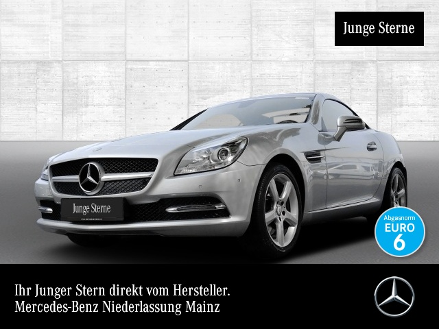 Mercedes-Benz SLK 200 Pano Airscarf Navi PTS Sitzh Temp, Jahr 2016, Benzin