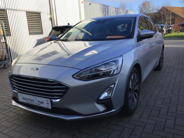 Ford Focus Cool & Connect 1,0l EcoBoost, Navi,LED,Winter-Paket, Jahr 2018, Benzin
