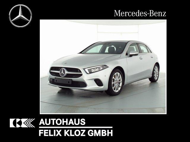 Mercedes-Benz A 220 4M LED Navi-Premium Rückkamera Ambi Spiege, Jahr 2019, Benzin