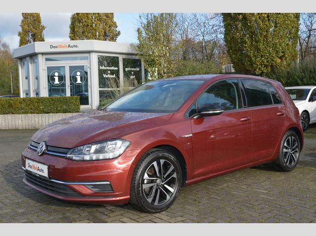 Volkswagen Golf VII IQ.DRIVE 1.5 TSI Navi Parklenk APPConnect Sitzh 3 Jahre Anschlussgarantie, Jahr 2019, Benzin