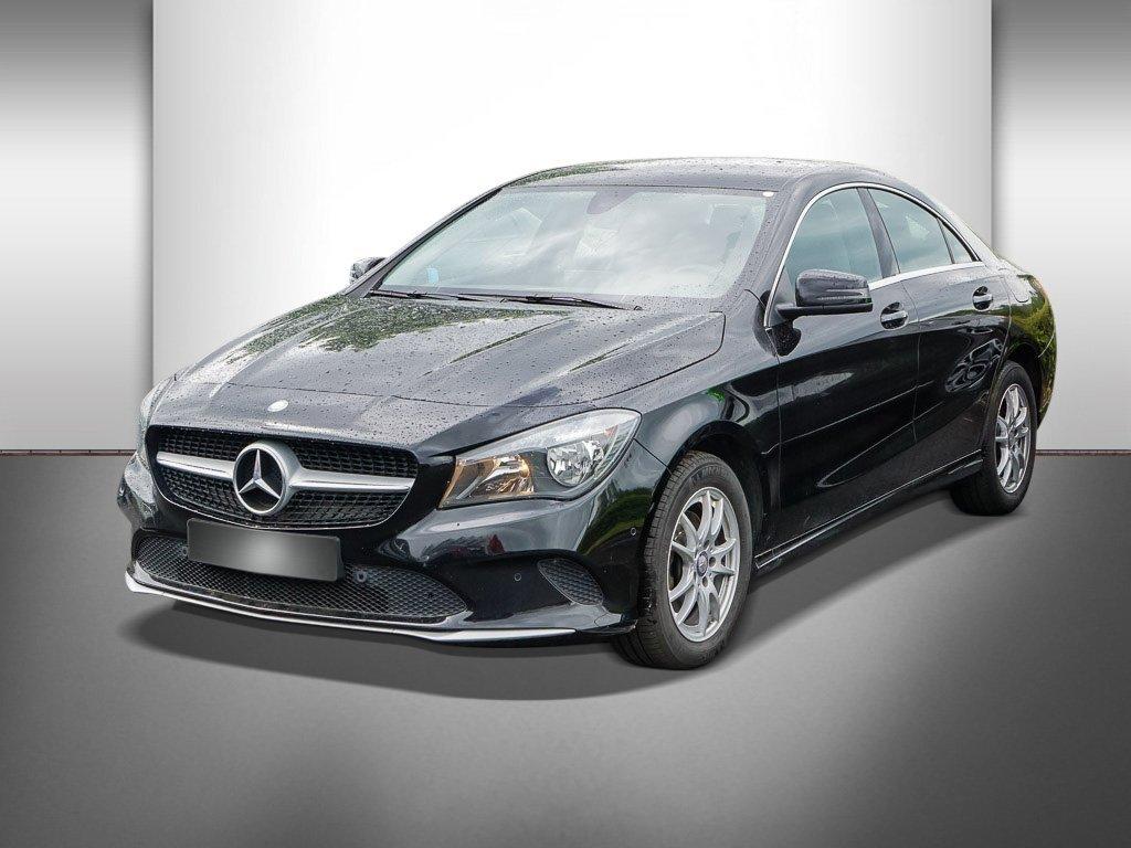 Mercedes-Benz CLA 180 D COUPÉ+NAVI+SHZ+PDC+TEMPOMAT+KEYLESS-GO, Jahr 2017, Diesel