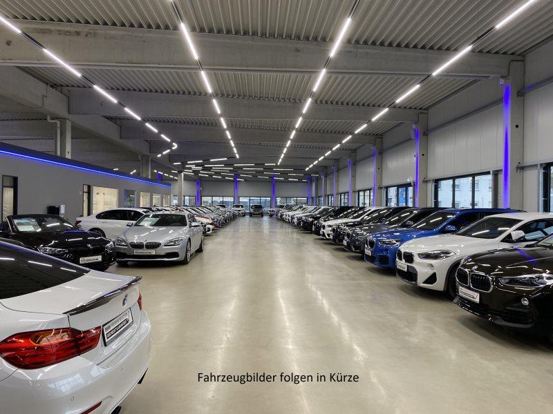 BMW X6 M M Drivers P. Glasdach Head-Up B&O HiFi DAB LED WLAN, Jahr 2017, Benzin