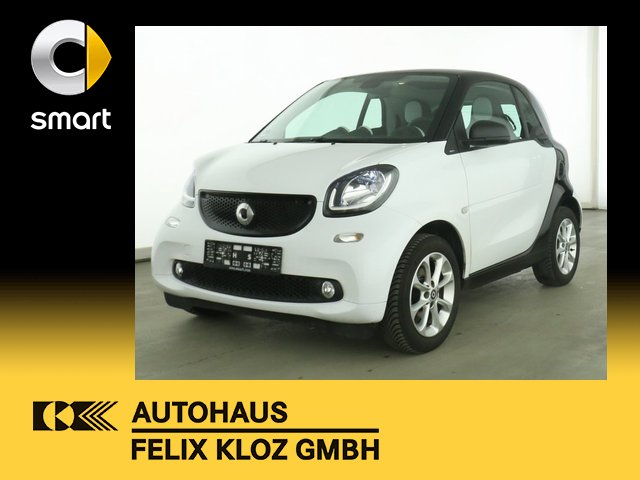 smart fortwo 52KW Passion Cool&Audio Panodach LED, Jahr 2018, Benzin