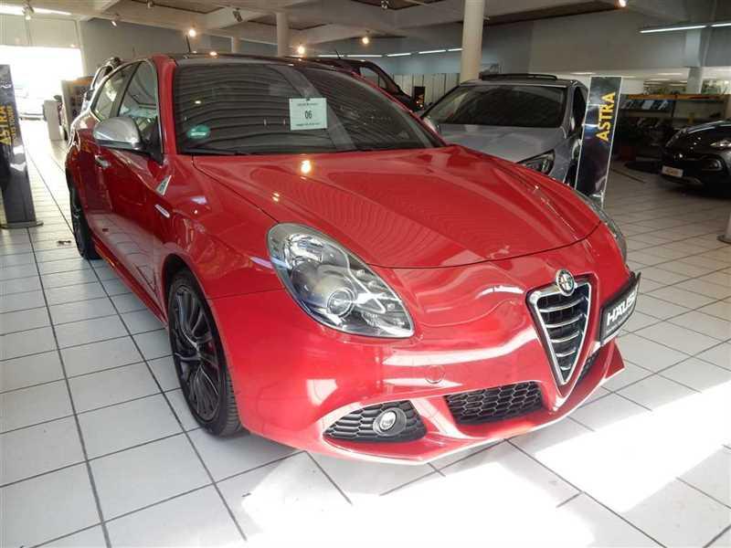 Alfa Romeo Giulietta, Jahr 2013, Benzin