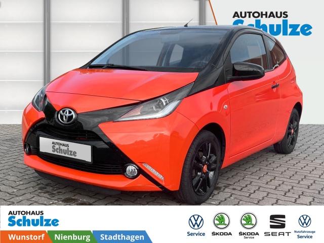 Toyota Aygo 1.0 x-cite, Vollleder, Klimaanlage, SHZ, Jahr 2014, Benzin