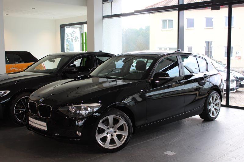 BMW 116i Klimaauto*PDC*SHZ*Lederlenkrad*NSW Shz, Jahr 2012, petrol