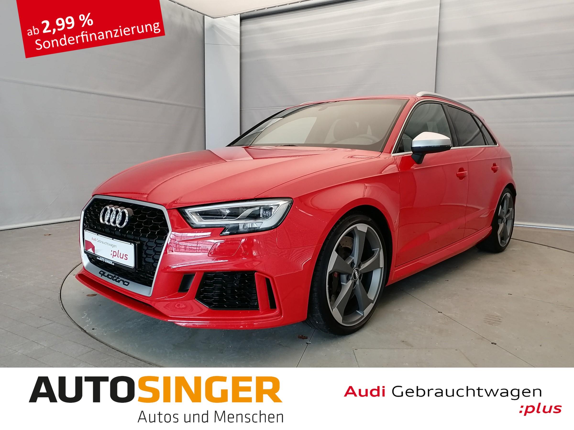 Audi RS 3 Sportback qua *LEDER*NAVI*LED*SHZ*PDC*, Jahr 2018, Benzin