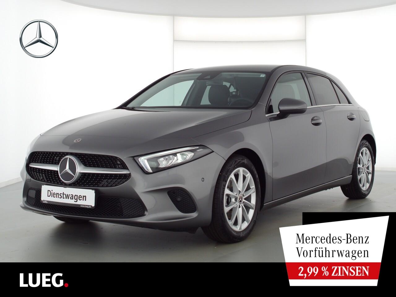 Mercedes-Benz A 180 STYLE+17''+TOTW.+LED+KAMERA+MBUX-ADVANCED, Jahr 2021, Benzin