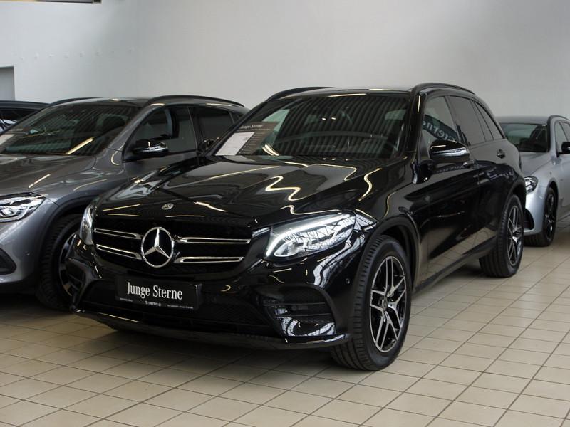 Mercedes-Benz GLC 300 4M AMG Line PANO+NIGHT+KAMERA+EL. HECKKL, Jahr 2018, Benzin