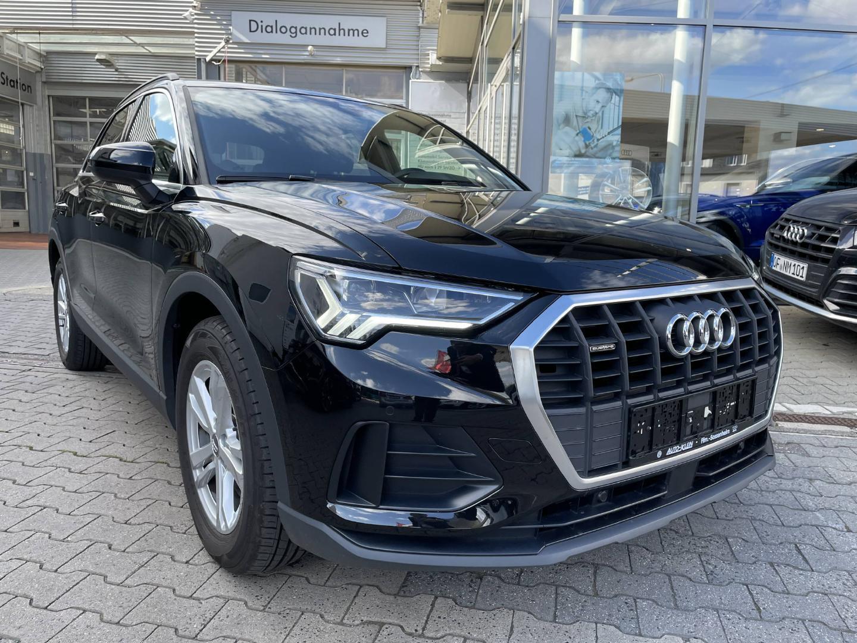 Audi Q3 40 TFSI quattro S-tronic -LED-Navi-, Jahr 2020, Benzin